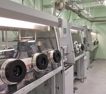 Uranium glovebox suite